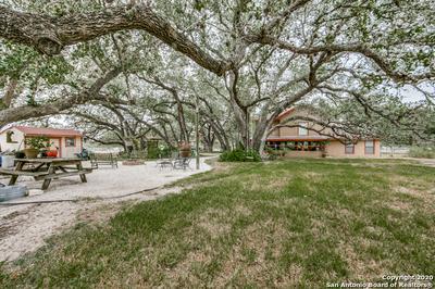 238 EAGLE RIDGE DR, Floresville, TX 78114 - Photo 2