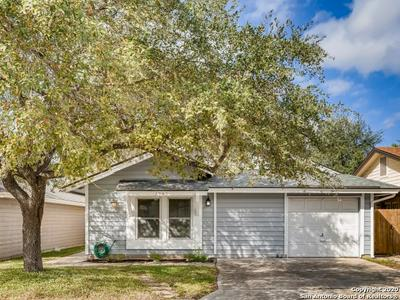 3943 HERITAGE HILL DR, San Antonio, TX 78247 - Photo 1
