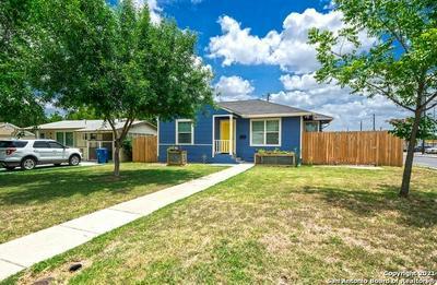 570 THORAIN BLVD, San Antonio, TX 78212 - Photo 2