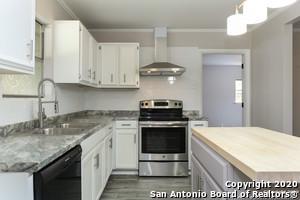 5434 OX BOW, San Antonio, TX 78228 - Photo 2