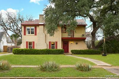 2112 W GRAMERCY PL, San Antonio, TX 78201 - Photo 2