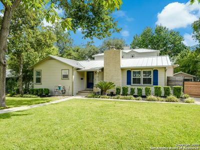 332 LILAC LN, San Antonio, TX 78209 - Photo 2