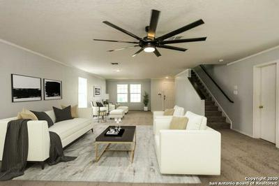 5810 FRONTIER CV, San Antonio, TX 78239 - Photo 2