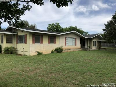 907 MAIN ST, Blanco, TX 78606 - Photo 1