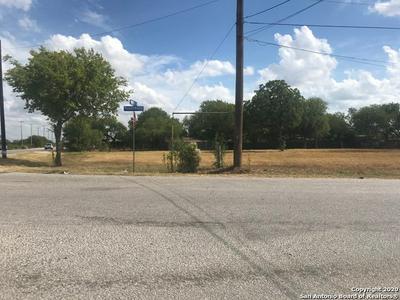 2319 MAUERMANN RD, San Antonio, TX 78224 - Photo 2