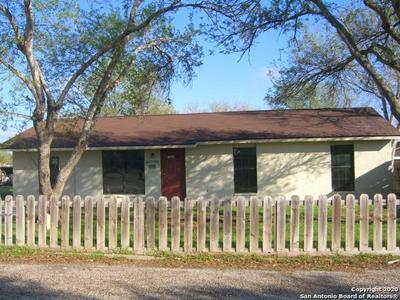 108 W MESQUITE ST, Karnes City, TX 78118 - Photo 1