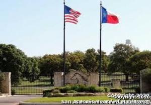 494 BUCKSKIN TRL, Bandera, TX 78003 - Photo 2