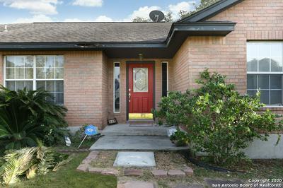 236 CIMARRON DR, Floresville, TX 78114 - Photo 2