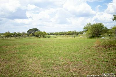 2160 COUNTY ROAD 307, Jourdanton, TX 78026 - Photo 2