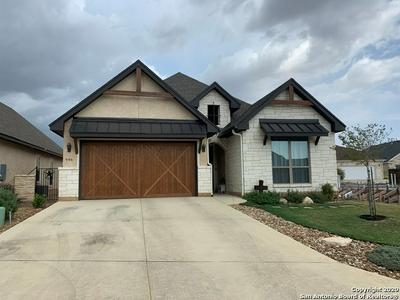945 GRUENE PLACE DR, New Braunfels, TX 78130 - Photo 1