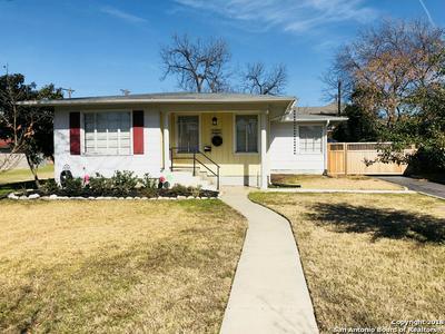 223 QUENTIN DR, San Antonio, TX 78201 - Photo 1
