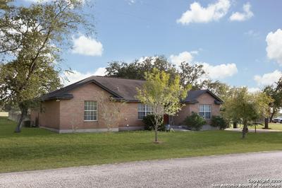 236 CIMARRON DR, Floresville, TX 78114 - Photo 1