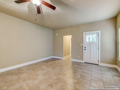 184 WHITEWING WAY, Floresville, TX 78114 - Photo 2