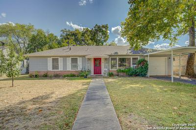 1015 E IRELAND ST, Seguin, TX 78155 - Photo 1