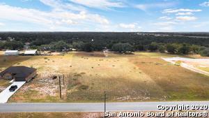 474 TROPHY LN, Poteet, TX 78065 - Photo 2