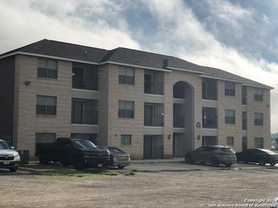 112 LONE OAK DR APT 203C, Floresville, TX 78114 - Photo 1