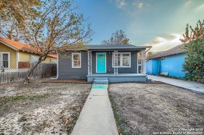 916 W ROSEWOOD AVE, San Antonio, TX 78201 - Photo 1