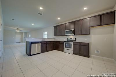 9923 RANCHO REAL RD, San Antonio, TX 78224 - Photo 1