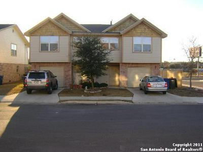 13618 WOODSTONE WAY, San Antonio, TX 78233 - Photo 1