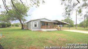 2257 COUNTY ROAD 475, Nixon, TX 78140 - Photo 2