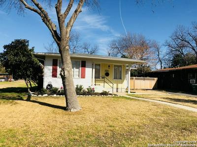 223 QUENTIN DR, San Antonio, TX 78201 - Photo 2