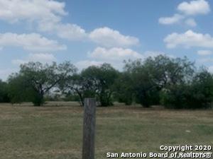 1519 W VILLARET BLVD, San Antonio, TX 78224 - Photo 1
