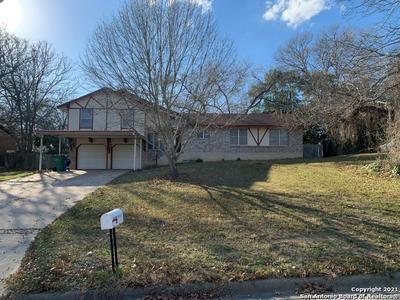 96 W HAMPTON DR, Seguin, TX 78155 - Photo 1