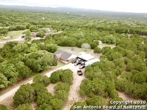 1387 KIMBERLY DR, Pipe Creek, TX 78063 - Photo 2