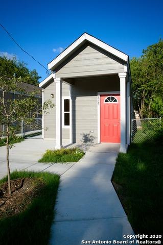 828 S SAN EDUARDO AVE, San Antonio, TX 78237 - Photo 2