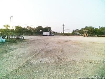 7330 QUINTANA RD, San Antonio, TX 78211 - Photo 2