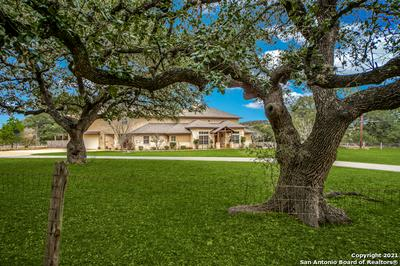 167 BROOKS XING, Boerne, TX 78006 - Photo 2