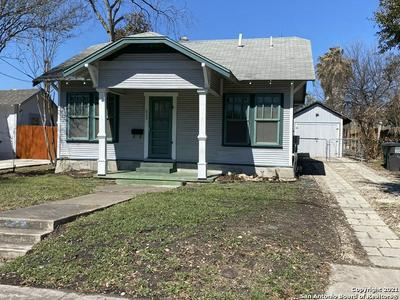 625 W LULLWOOD AVE, San Antonio, TX 78212 - Photo 2