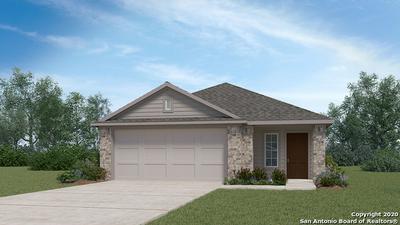105 HOGANS ALY, Floresville, TX 78114 - Photo 1