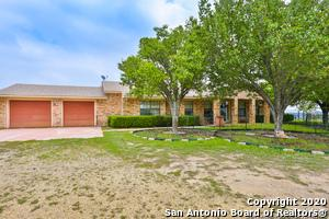 517 LAZY VALLEY RD, Comfort, TX 78013 - Photo 2
