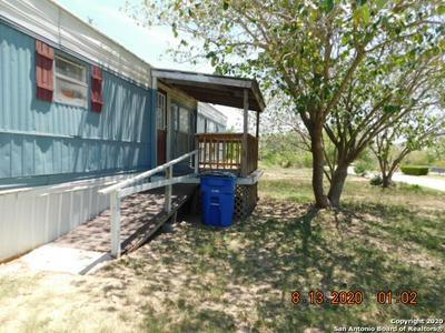 476 10TH ST, Poteet, TX 78065 - Photo 2