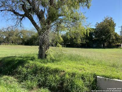 1306 B ST, Floresville, TX 78114 - Photo 2