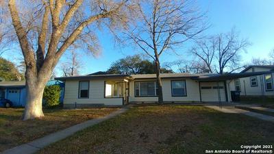 310 WESTHILL PL, San Antonio, TX 78201 - Photo 2