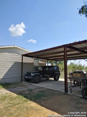 17185 BLUE BREEZE, Elmendorf, TX 78112 - Photo 2