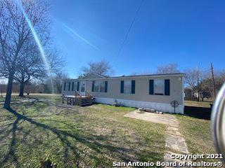 522 S 4TH ST, Kenedy, TX 78119 - Photo 1