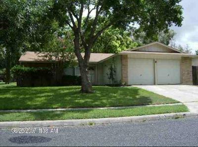 6203 HOPES FERRY ST, San Antonio, TX 78233 - Photo 1