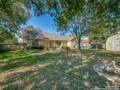 126 WOODLAND DR, Pleasanton, TX 78064 - Photo 1