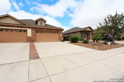 565 CREEKSIDE CIR, New Braunfels, TX 78130 - Photo 2