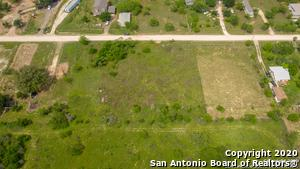 213 COUNTY ROAD 6846, Lytle, TX 78052 - Photo 2