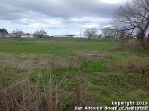 700 S ROOSEVELT, Nixon, TX 78140 - Photo 2