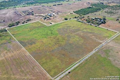 000 CR 117, Floresville, TX 78114 - Photo 1