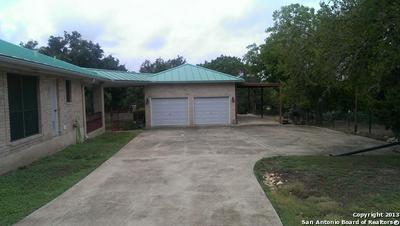 21479 FAIRVIEW CIR, Garden Ridge, TX 78266 - Photo 2