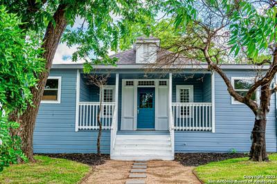 611 W WOODLAWN AVE, San Antonio, TX 78212 - Photo 1