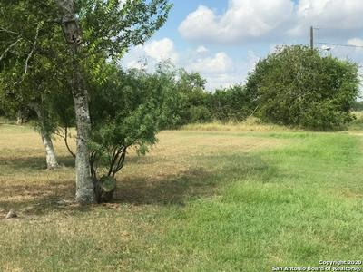 400 DAVIS ST, Woodsboro, TX 78393 - Photo 1