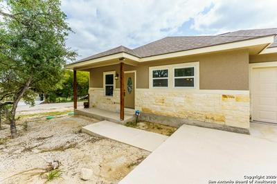 111 LAKEVIEW CT, Spring Branch, TX 78070 - Photo 2