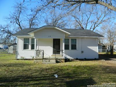305 RANDOLPH AVE, Schertz, TX 78154 - Photo 1